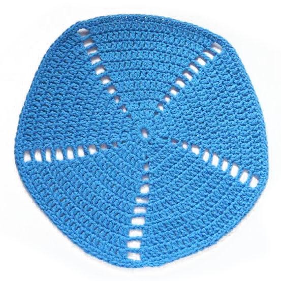 Virkattu tiskiliina kirkas sininen